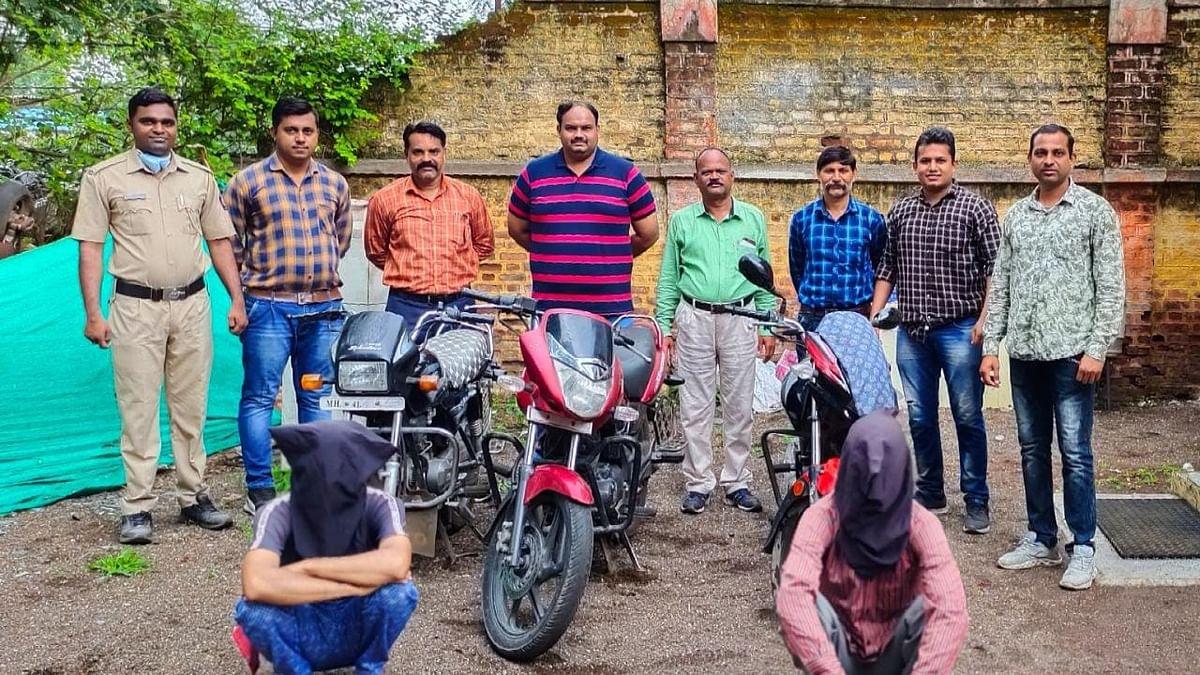 चोरीच्या तीन मोटार सायकली जप्त, दोघांना अटक