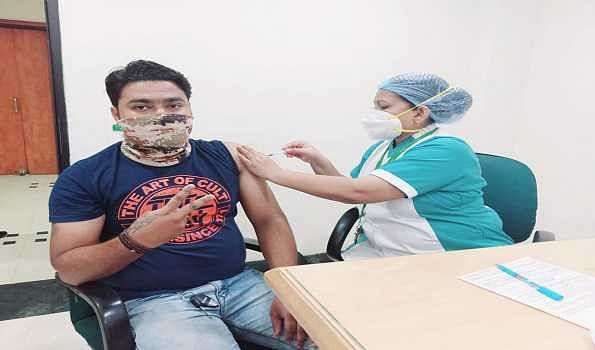 Over 48.78 cr vaccine doses provided to States: Health Ministry