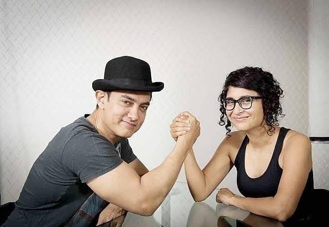 Video घटस्फोटाच्या २४ तासानंतर आमिर खान, किरणचा फेसबुक संवाद