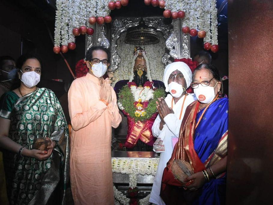 Ashadhi Ekadashi 2021 : मुख्यमंत्र्यांच्या हस्ते श्री विठ्ठल-रुक्मिणीची सपत्नीक महापूजा!