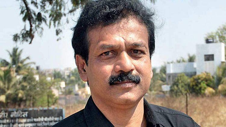 फरार आरटीआय कार्यकर्ता रवींद्र बर्हाटेला अटक