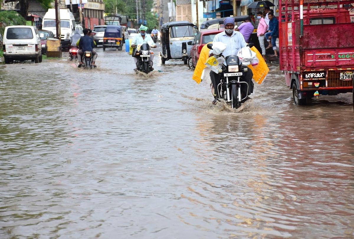 प्रदीर्घ खंडानंतर नगरमध्ये जोरदार पाऊस