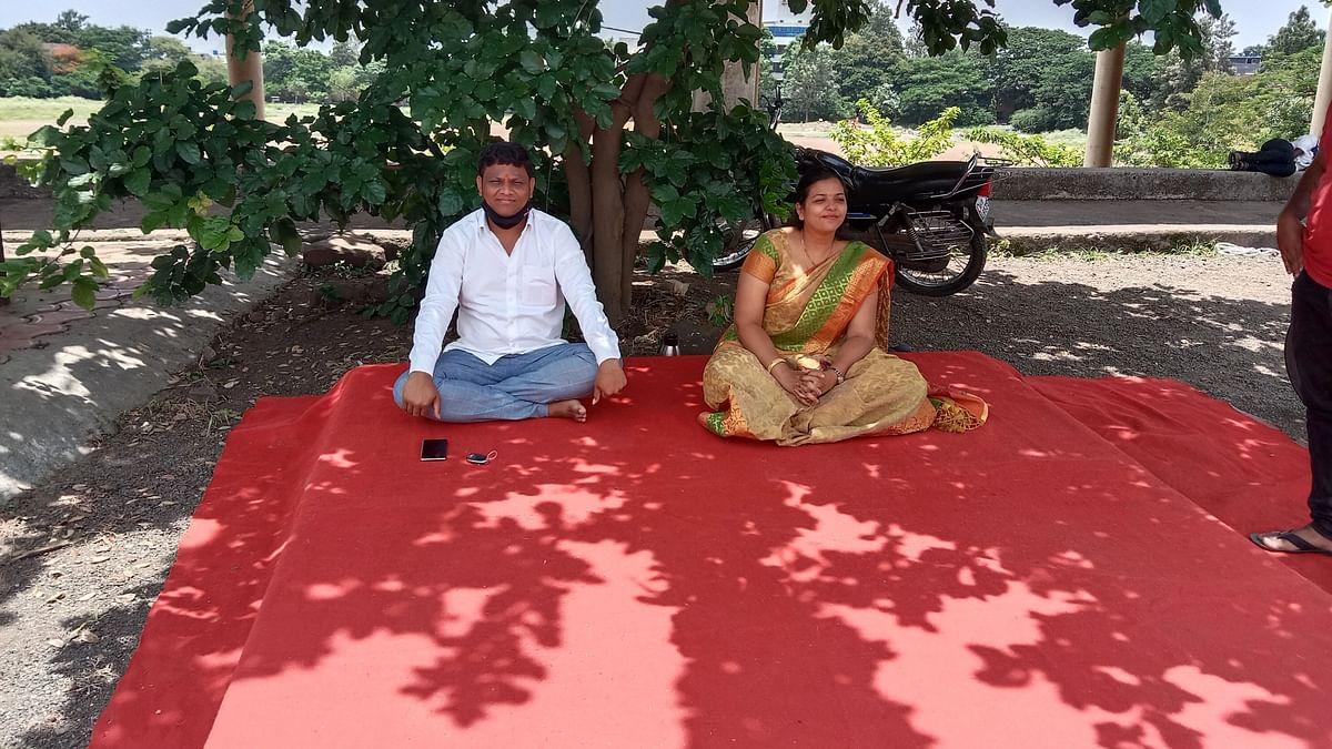 खेलो इंडिया प्रकल्पाचा बोजवारा; नाशकात नगरसेवक दांपत्याचे आमरण उपोषण