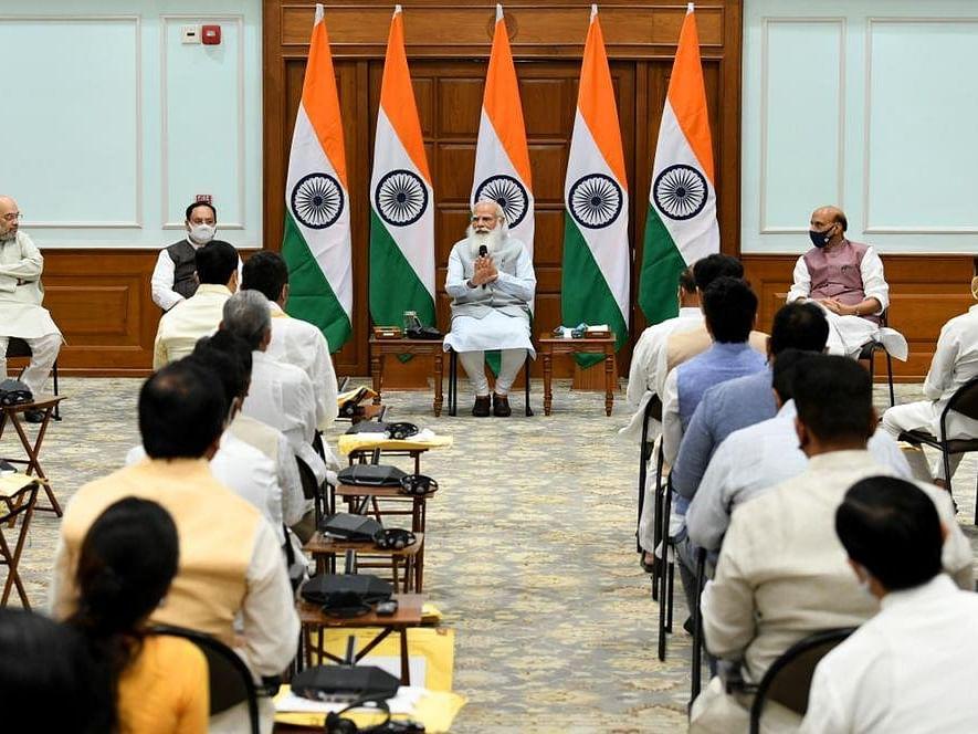 Modi Cabinet Expansion : मंत्रीमंडळात नव्याने समावेश होणाऱ्या ४३ जणांची यादी जाहीर; 'असं' असेल मंत्रिमंडळ!