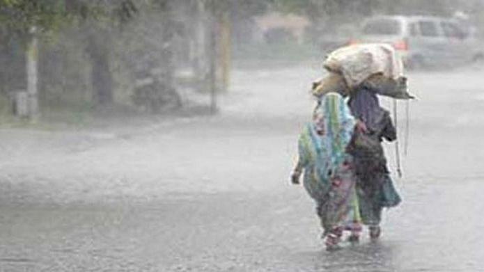 Heavy rains lashed Kasara ghat