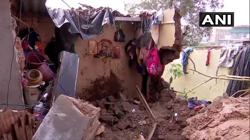 Mumbai Rain : विक्रोळी, चेंबूर दुर्घटनेतील मृतांचा आकडा वाढला; राष्ट्रपती, पंतप्रधान यांनी व्यक्त केला शोक!