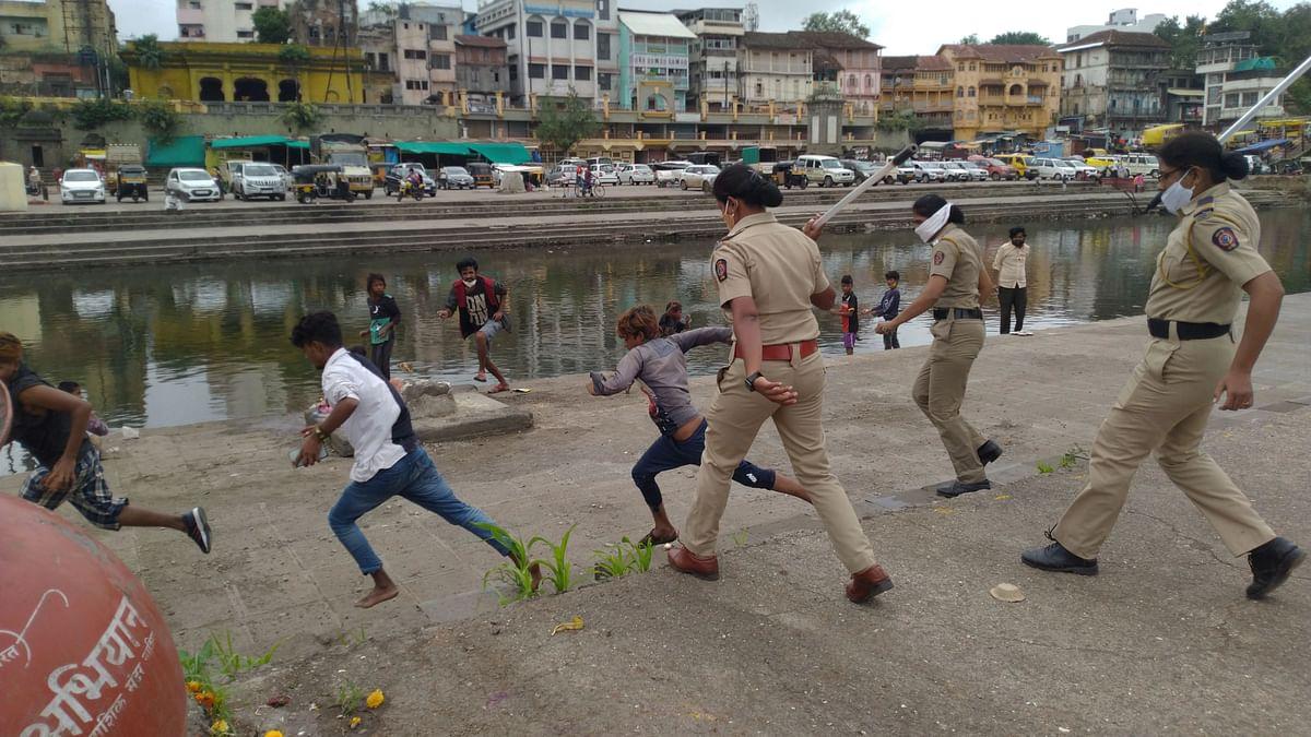 Police crackdown on miscreants at Goda ghat