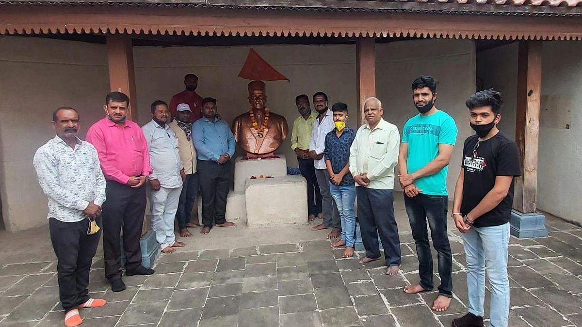 Savarkar's historical jump's anniversary celebrated at Bhagur