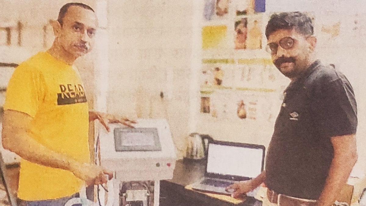 नाशिकच्या उद्योजकांनी विकसित केले 'व्हेंटिलेटर'