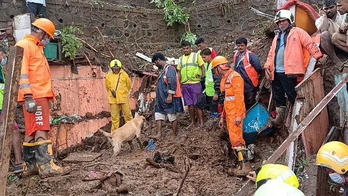 मुंबई दुर्घटना : मृतांच्या वारसांना पाच लाखांची मदत