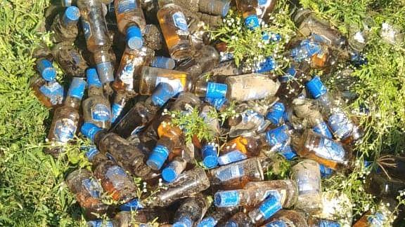 प्रवरा कालव्यात आढळल्या सातशे देशी-विदेशी दारूच्या बाटल्या