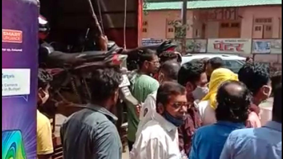 Video : आयटीबीपी जवानाला टोइंग ठेकेदाराकडून दमदाटी