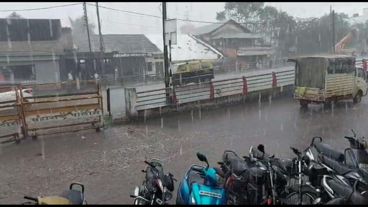 Video : गोदामाईला दुसऱ्यांदा पूरसदृश्य स्थिती; दुतोंड्या मारुतीच्या छातीपर्यंत आले पाणी
