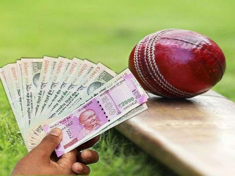 आंतरराष्ट्रीय स्तरावरील दोन क्रिकेट बुकींना अटक