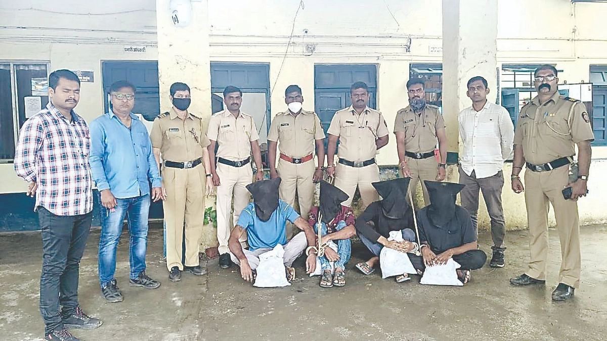 Railway signal tempering gang arrested