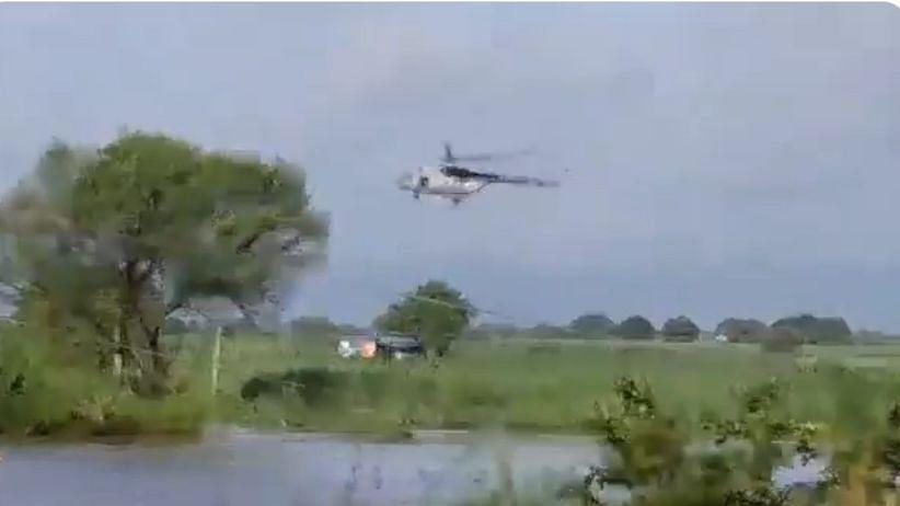 Maharashtra Rains : पुरात अडकलेल्या तिघांची हेलिकॉप्टरच्या साहाय्याने सुखरूप, पाहा व्हिडीओ