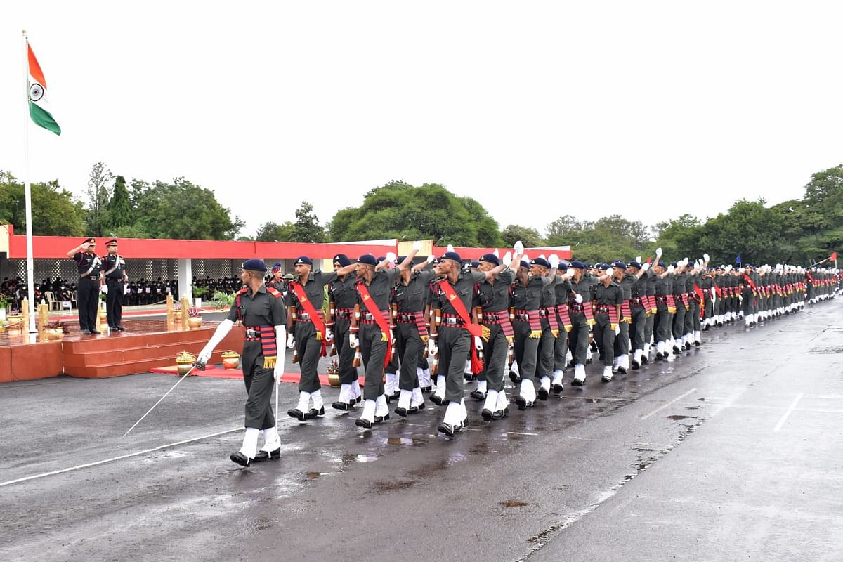 खडतर प्रशिक्षण पूर्ण करत साडेपाचशे नवसैनिक देशसेवेसाठी सज्ज