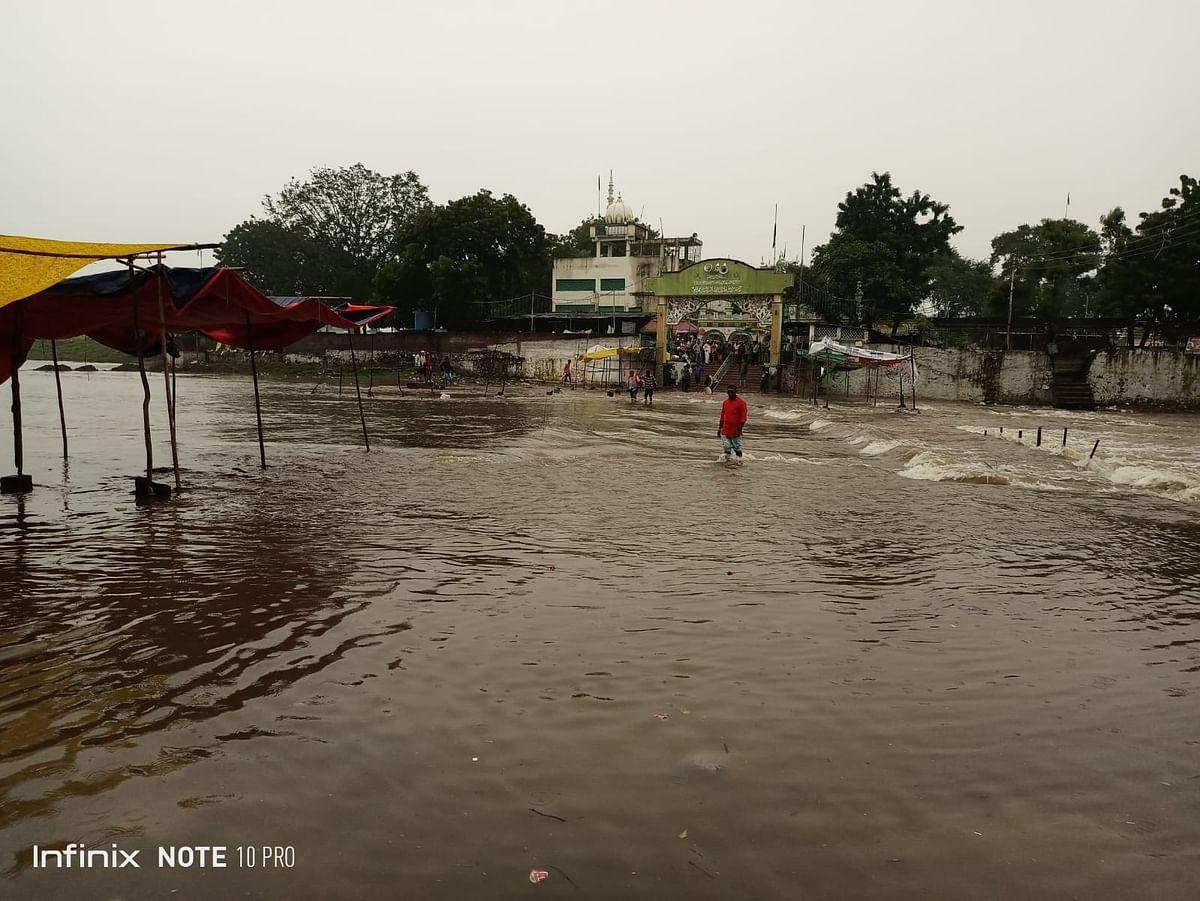 चाळीसगावात पुन्हा पुराचे संकट : डोगरी, तितुर नदीची पाण्याची पातळी वाढली
