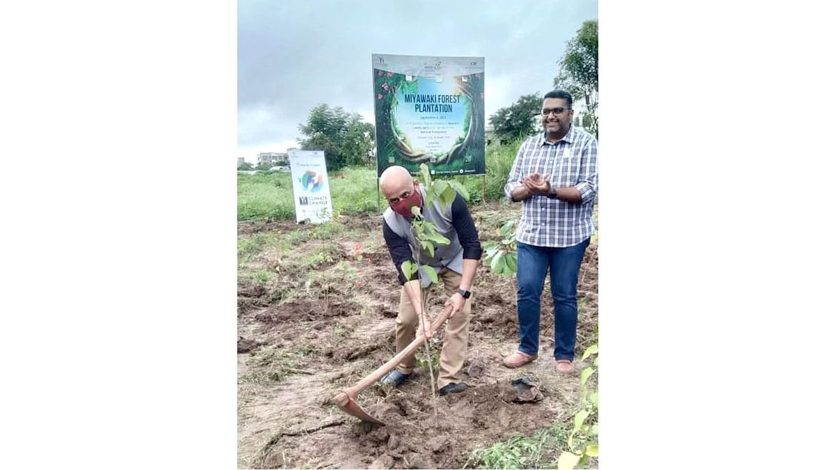 CII Young Indians plant 200 plus saplings