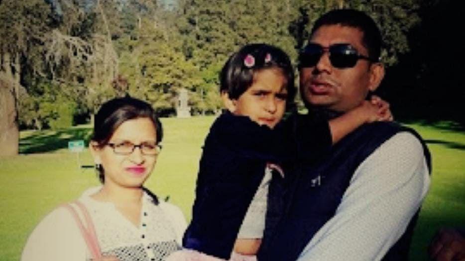 अहमदनगर हादरले : व्यवसायिक कर्जातून एकाच  कुटुंबातील तिघांनी संपविले जीवन
