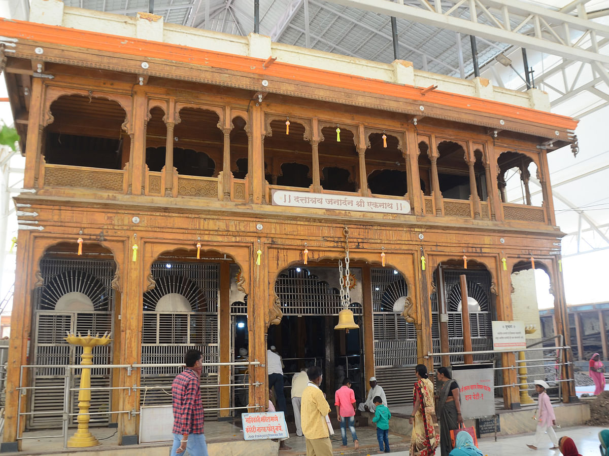 पैठण येथील नाथ मंदिरात दररोज 'इतक्या' भाविकांना प्रवेश