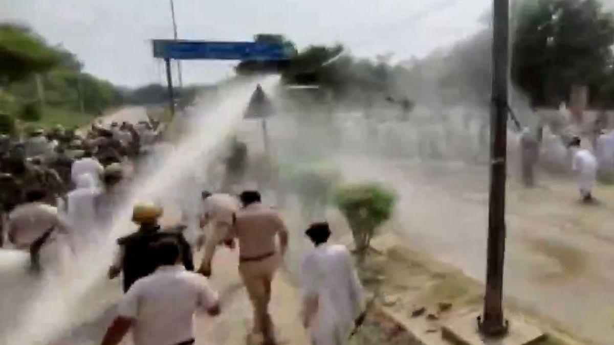Video : हरियाणामध्ये शेतकरी आंदोलक आणि पोलिसांमध्ये धक्का-बुक्की, आंदोलकांवर पाण्याचा मारा