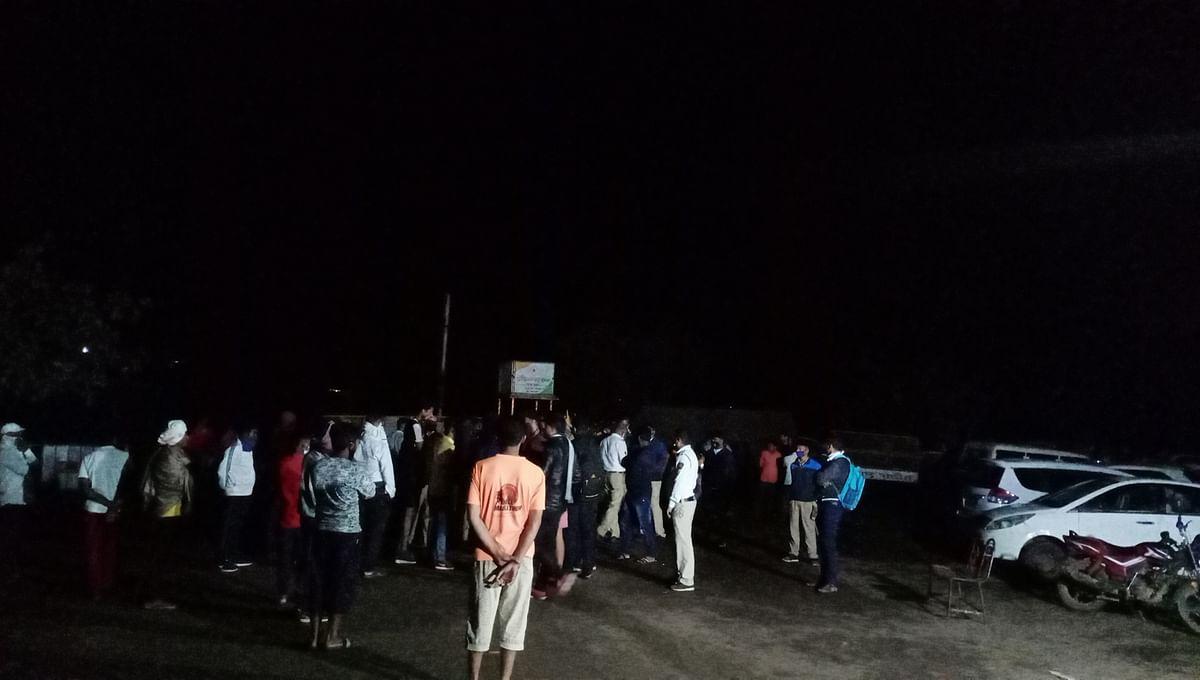 दारूच्या नशेत तरुणांकडून पोलिसांना शिवीगाळ