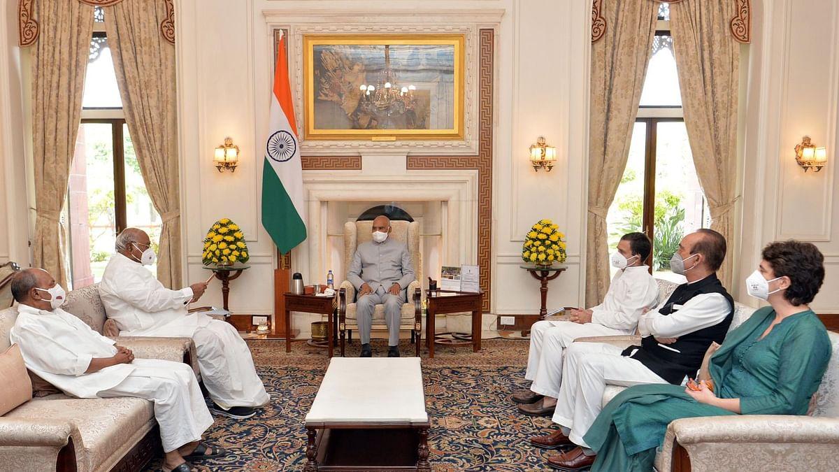 राहुल गांधींच्या नेतृत्त्वात काँग्रेस शिष्टमंडळानं घेतली राष्ट्रपतींची भेट; केली 'ही' मागणी