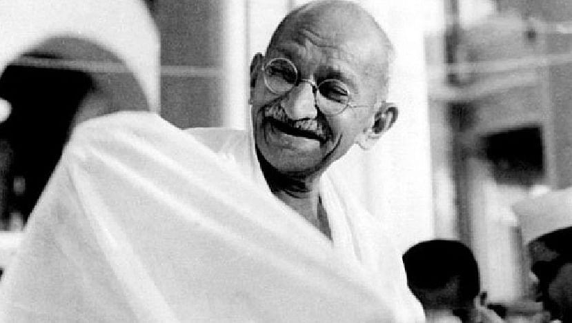 सत्य, अहिंसेचा मूलमंत्र देणारे महात्मा गांधी