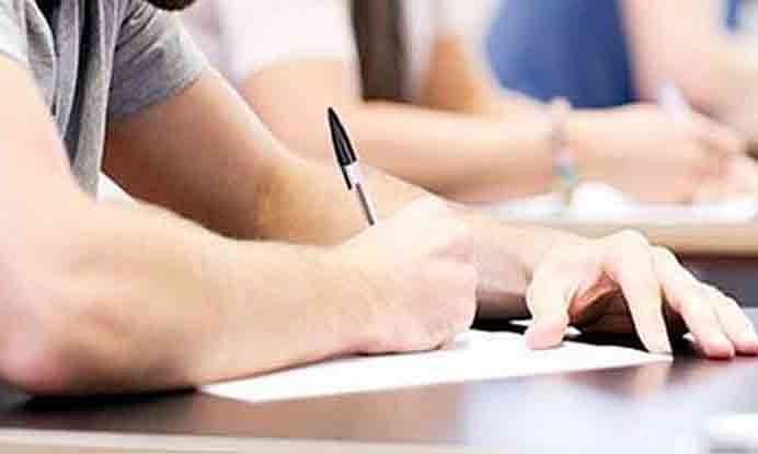 करोना लक्षणे असणार्या विद्यार्थ्यांना नंतर देता येणार परीक्षा