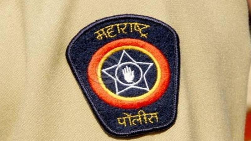 जळगाव: आठ पोलीस अधिकारी, कर्मचार्यांना सन्मानचिन्ह जाहीर