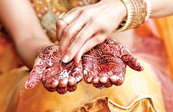 बँड, बाजा अन बाराती देखील हद्दपार; करोनामुळे रुजतोय शॉर्टकट लग्नाचा ट्रेंड