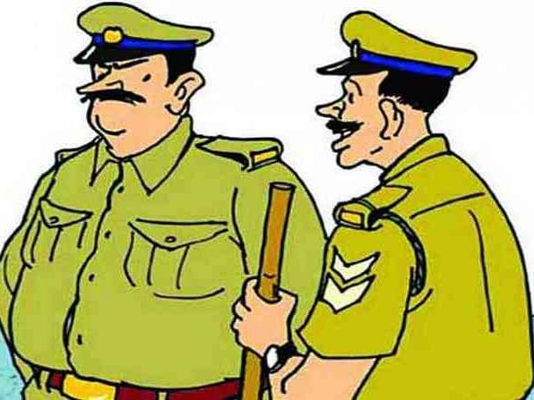 अवैध धंद्यांना पाठबळ देणार्या पोलिसांची नावे कळवा