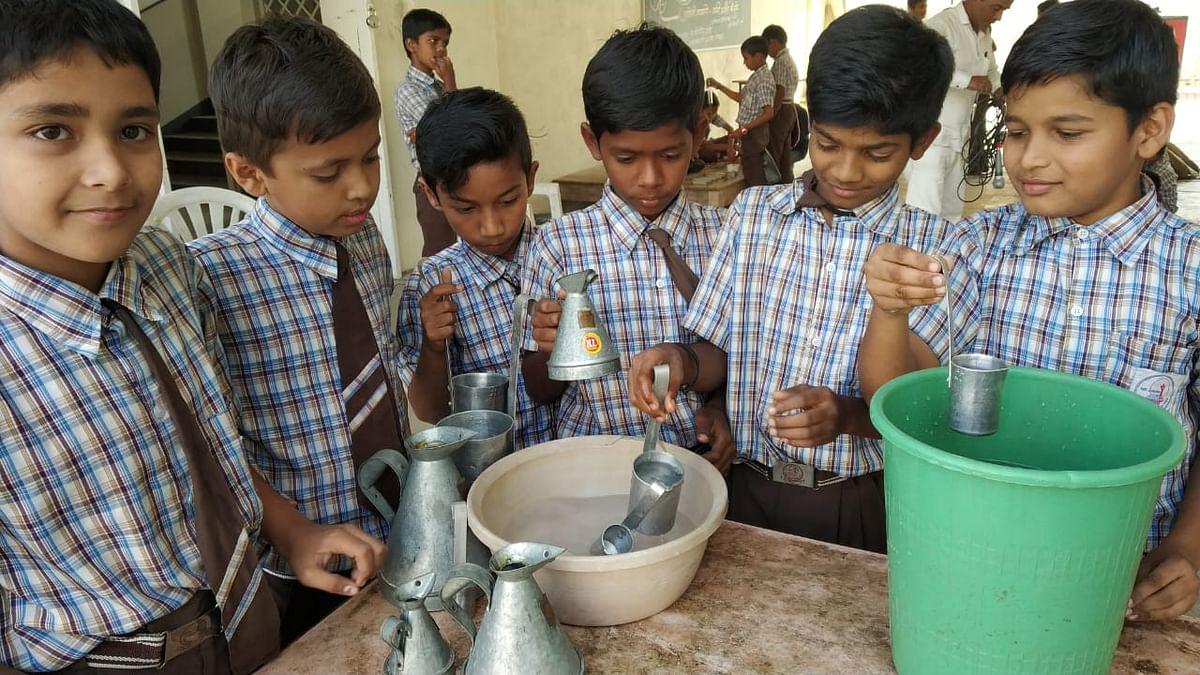 जु.स.रुंगटा मध्ये भरणार 'दप्तरविना शाळा'