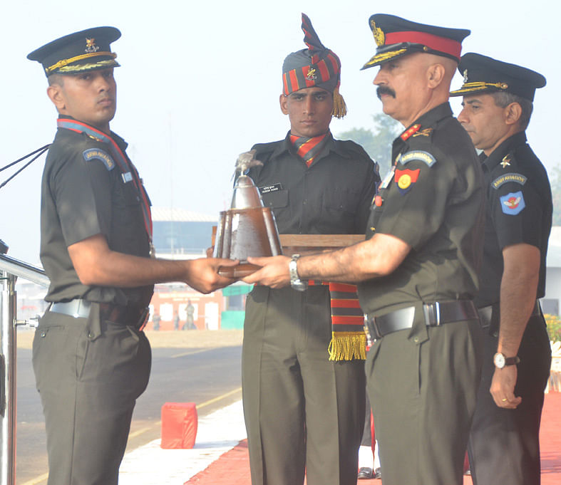43 officers awarded 'Aviation Wing'
