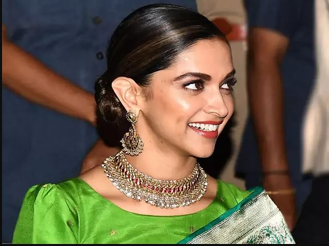 'या' आहेत सर्वात महागड्या अभिनेत्री; दीपिकाचा नंबर कुठे जाणून घ्या!