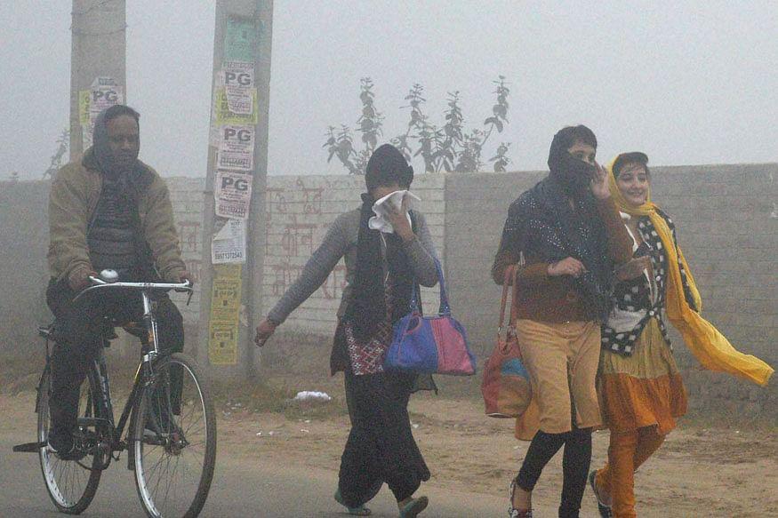 North Maharashtra shivers, mercury dips to 14 dC in city