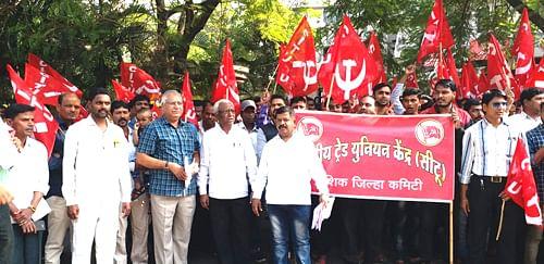 छुपी कामगार कपात सहन करणार नाही-डॉ. कराड
