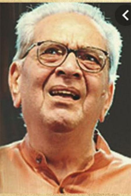 Photo Gallery  : डॉ. श्रीराम लागू यांच्या पार्थिवावर शासकीय इतमामात अंत्यसंस्कार
