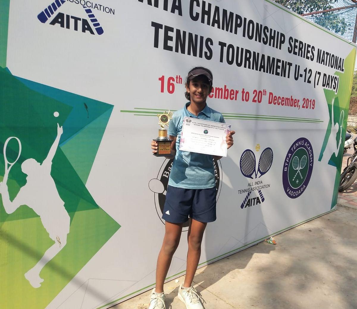 शांभवी सोनवणेचे राष्ट्रीय टेनिस स्पर्धेत यश