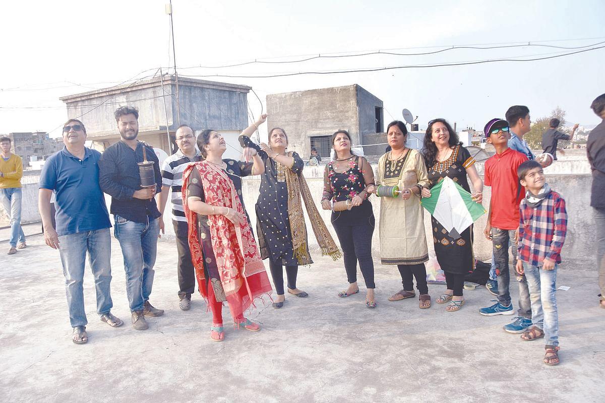 Sankranti celebrated; Boy falls into well in Sinnar tehsil