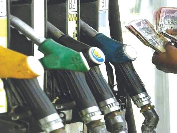 पेट्रोल-डिझेलच्या किंमतीत पुन्हा एकदा वाढ