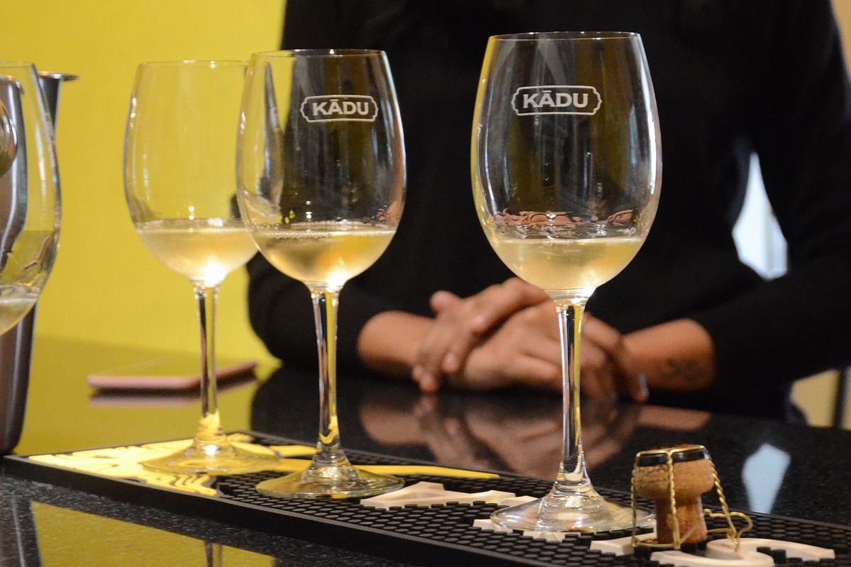 देशातील पहिली वाईल्ड लाईफ वाईन 'काडू' महाराष्ट्रात दाखल; व्याघ्र संवर्धनासाठी 'सुला विनियार्ड्स'चा पुढाकार