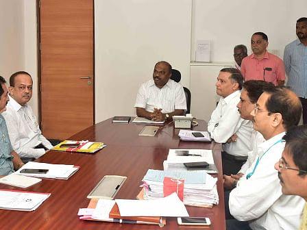 परिवहनमंत्री परब यांना करोना; मुख्यमंत्र्यानी रद्द केली आमदारांची बैठक
