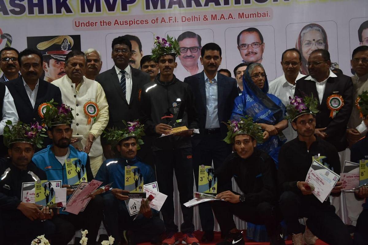 आर्टिलरी सेंटरचे जवान सुनील कुमार ठरले मविप्र मॅरेथॉनचे विजेते; पहिल्याच प्रयत्नात यश
