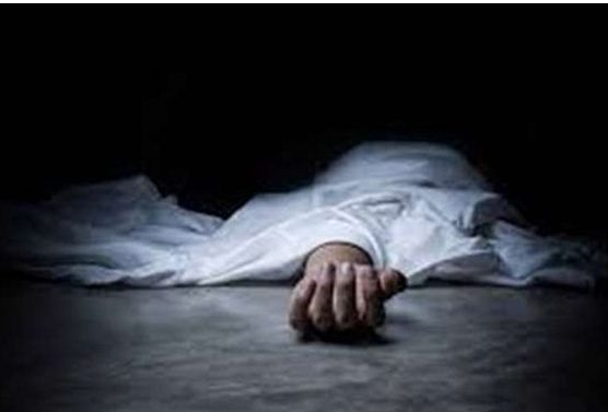 चांदवड : परिचरिका पत्नीचा खून करत पतीची आत्महत्या