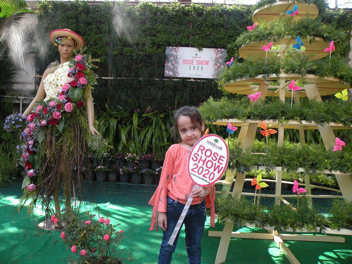 Photo Gallery : नासिक्लब पुष्प प्रदर्शनाला हजारो नाशिककरांची हजेरी