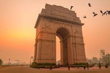 दिल्ली निवडणुकीकडे देशाचे लक्ष
