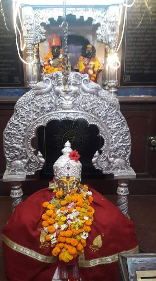 निवृत्तीनाथ मंदिर कळस जिर्णोद्धार कामाला प्रारंभ