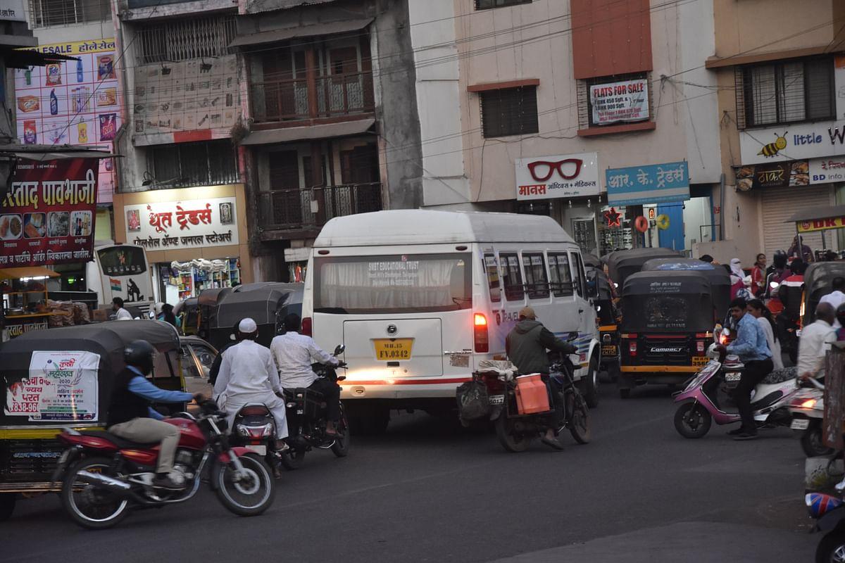 Traffic congestion a regular scene at RK